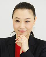 編集長 小谷奉美 Tomomi Kotani