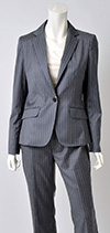 色違い 上質素材のスーツで勝負服コーディネート提案!